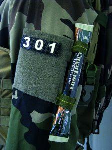 reflektierende und nachtleuchtende Patches zur Identifizierung von Truppen