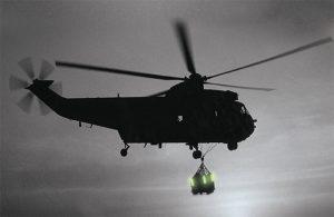 Kennzeichnung von Abwurflasten aus Hubschraubern