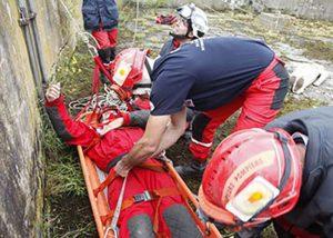 Visipad-Marker am Helm zur Rettung bei Naturkatastrophen