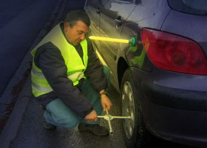 Notbeleuchtung für Pannen oder Verkehrsunfällel