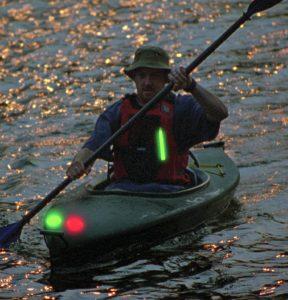 Zusatzbeleuchtung für Navigation bei Nacht