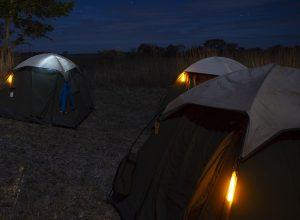 Kennzeichnung vom Campingzelt mit Zusatzbeleuchtung