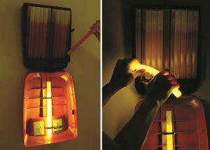 LightStation Modell 20 geöffnet mit Cyalume Leuchtstäbe für individuelle Evakuierung