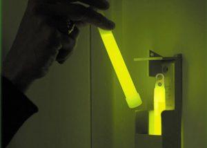 SEE System Cyalume Leuchtsäbe in Box für Evakuierung