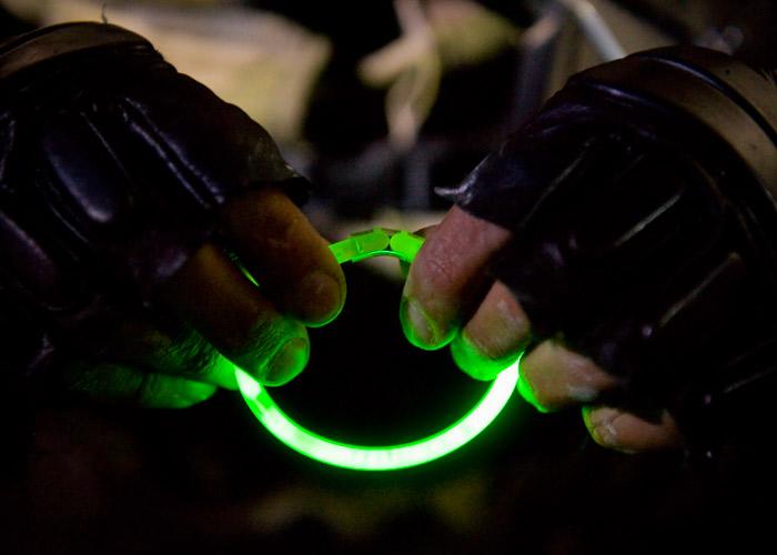 Leuchtarmband individuellen Kennzeichnung