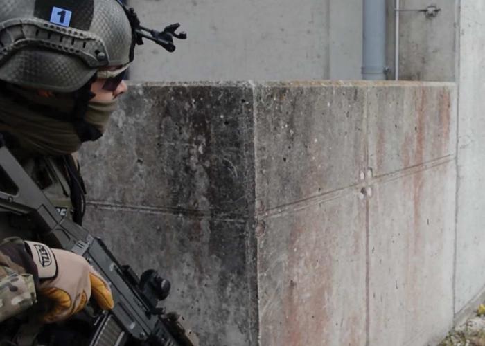 Identifizierung der militärischen Einheiten cyalume