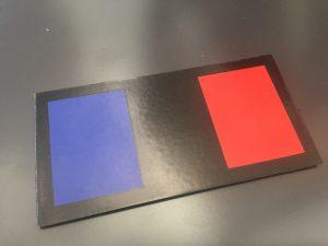 IR Frankreich Flagge in Farbe